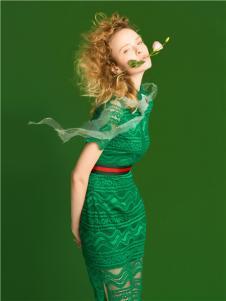 屿思女装17春夏绿色收腰蕾丝长此刻裙