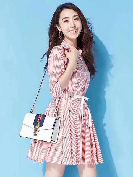 YOSUM春季粉色细条纹连衣裙