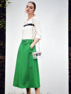 金蝶茜妮绿色中长款A字裙