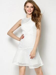 优尚美白色无袖鱼尾摆连衣裙