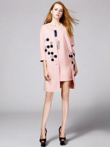 顿妮娅女装粉色风衣