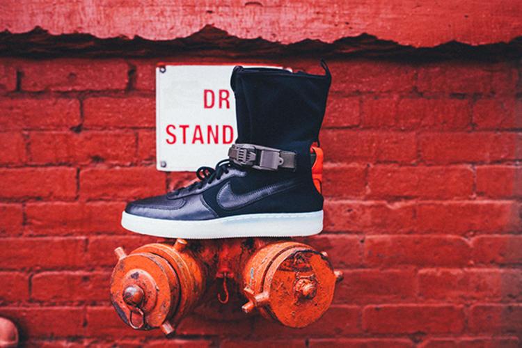 acronym®和耐克第三次合作的这一鞋款还邀请了纽约的著名漫画家