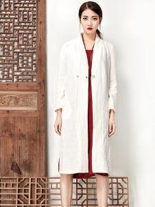 水墨生香白色中式长款外套