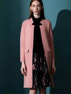 佛尼亚女装粉色中长款大衣