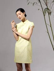 凤翔歌女装黄色立领开衩旗袍