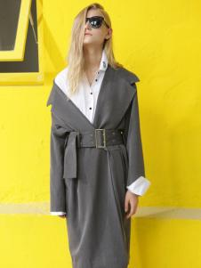 BABY MARY灰色翻领大衣