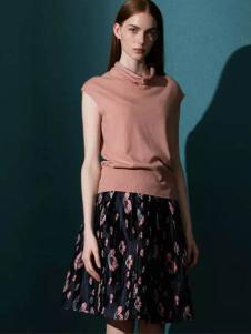 佛尼亚女装粉色高领短袖上衣