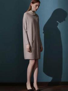 佛尼亚女装纯色高领连衣裙