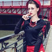 衣魅人时尚红色半裙 早春扮靓最吸睛