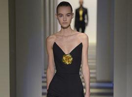 设计师二人组演绎奥斯卡·德拉伦塔秋冬纽约时装秀
