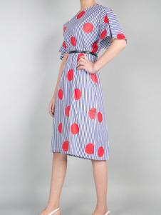 零时尚17春新款印花时尚连衣裙