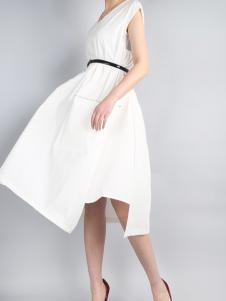 零时尚17春夏新款白色连衣裙