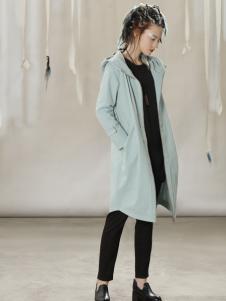 约布时尚蓝色长款外套