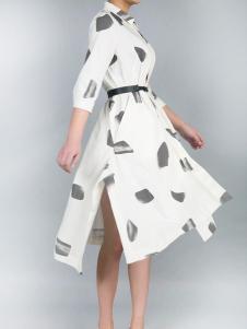 零时尚17春季新款印花连衣裙
