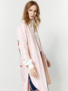 布莎卡2017年粉色外套新款