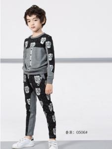 土巴兔男童春款运动套装