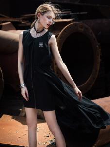 威丝曼女士黑色连衣裙