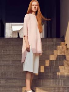 CARRYME嘉蜜女装粉色长款上衣