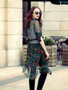 简约风情女装绿色印花雪纺两件套