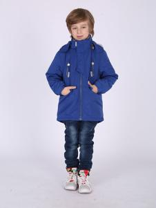 加菲猫蓝色冲锋衣