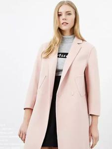 CARRYME嘉蜜女装粉色西装领大衣