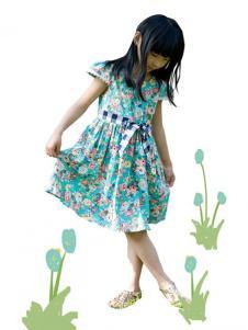 晶伶兔童装碎花连衣裙