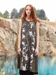 近所物语女装无袖绣花连衣裙