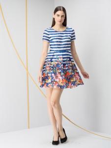 JZ玖姿女装条纹印花连衣裙