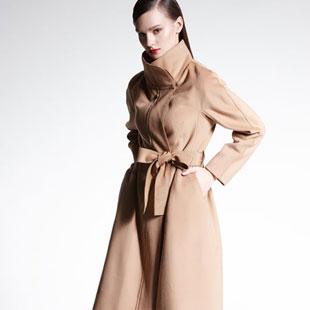 适时雅集时尚精致、睿智典雅女装诚邀加盟 二十年的品牌建设!