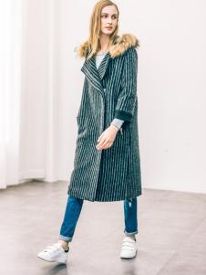 COOZIC珂妮卡女装条纹大衣