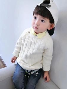 酷小鸭童装白色针织衫