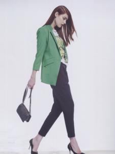 阿莱贝琳绿色休闲短款西装