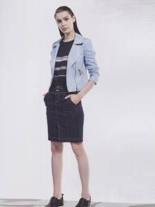 阿莱贝琳天蓝色短款外套