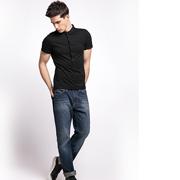 佰威奇男装:简约T恤的个性搭配