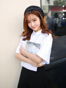 莉雅莉萨白色衬衣领短袖T恤