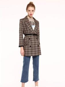 爱客格子时尚外套新款