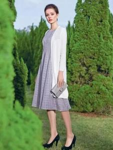 莉佳丽女装格纹素雅连衣裙