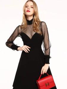 爱客时尚收腰小黑裙
