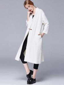 例外女装白色长款大衣