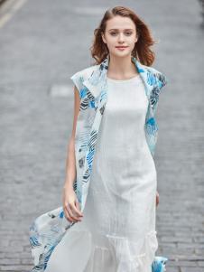 尚约白色时尚长款连衣裙