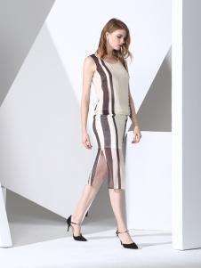 凯伦诗条纹时尚连衣裙