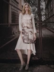 蒙杰诗丹女装假两件套连衣裙