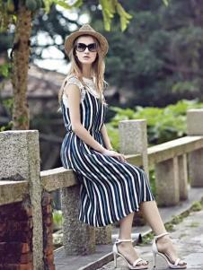 米拉格女装条纹连衣裙