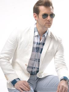 爵卡尼杰亚白色外套