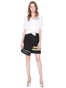 例格新款短裙