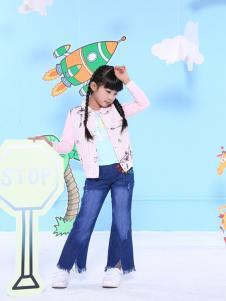 2017班吉鹿新款粉色外套