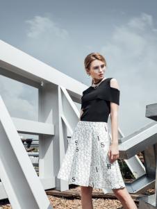 威丝曼女装2017字母半身裙