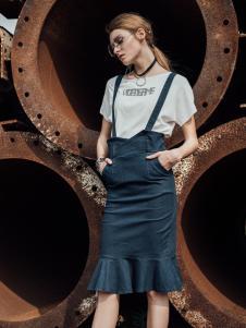 威丝曼女装2017背带半身裙