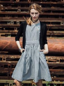 威丝曼女装2017条纹连衣裙