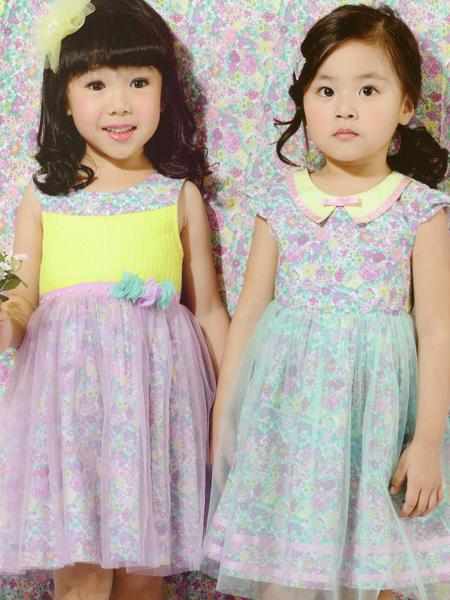 的纯童装印花拼接蕾丝裙